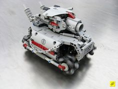 Lego tank, inspired by the Metal Slug video game franchise