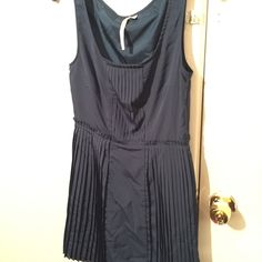Cute Lauren Conrad dress Lauren Conrad pleated dress, fits a little smaller than a size 10 Lauren Conrad Dresses