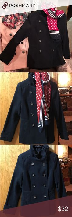 H&M navy blue peacoat NWT Sz 4 NWT H&M navy blue peacoat. Sz 4 but fits more like a 2. Feminine, flattering style. Also have in light pink. H&M Jackets & Coats Pea Coats