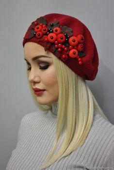 Фотографии Сказки войлока Журнал мастер-классов Felt Hat, Wool Felt, Color Combinations For Clothes, Felt Succulents, Hat Decoration, Altered Couture, Dress Hats, Cool Hats, Wet Felting