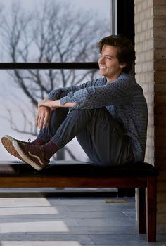 Cole Sprouse as Will in CBS new movie Five Feet Apart. Cole Sprouse as Will in CBS new movie Five Feet Apart. Dylan Sprouse, Cole M Sprouse, Cole Sprouse Jughead, Cole Sprouse Shirtless, Cole Sprouse Funny, Vanessa Morgan, Zack E Cold, Dylan Et Cole, Perfect Man