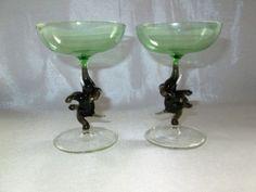 RARE-VINTAGE-ART-DECO-BIMINI-GLASS-GREEN-BLACK-DANCING-ELEPHANT-STEM-GLASSES