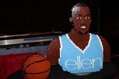 Ellen's gift to Dwight Howard made of Legos