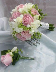 Kytice Summer Wedding Bouquets, Diy Wedding Bouquet, Bride Bouquets, Bridesmaid Bouquet, Wedding Summer, Large Flower Arrangements, Dusty Rose Wedding, Outdoor Wedding Decorations, Bridal Flowers