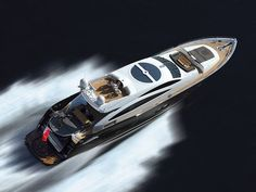 Predator 92 Sport yacht by Sunseeker - It is the British company's answer to the demand of a sporty, yet luxurious yacht. This Predator is approximately. Ibiza, Yacht Boat, Yacht Club, Jets, Snorkel, Yacht For Sale, Yacht Design, Super Yachts, Speed Boats