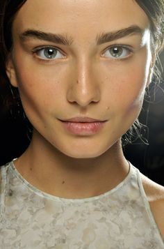 "modelmofos: "" Andreea Diaconu Backstage @ Stella McCartney S/S Paris "" Gorgeous Hair, Beautiful Eyes, Beautiful People, Brow Shaper, Runway Makeup, Perfect Brows, Perfect People, Natural Makeup Looks, Makeup Trends"