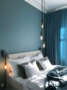 Get paint colour ideas and living room color ideas for your home - find a colour palette that speaks your personality from our design gallery! Bedroom Inspo, Home Bedroom, Bedroom Decor, Living Room Colors, Bedroom Colors, Deco Turquoise, Blue Rooms, Blue Walls, Contemporary Furniture