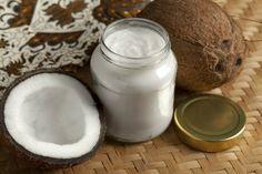Engrosa tus pestañas con aceite de coco