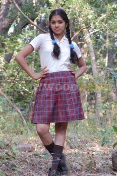 Bollywood Actress Hot Photos, Indian Actress Hot Pics, Most Beautiful Indian Actress, Beautiful Girl In India, Beautiful Blonde Girl, Stylish Girl Images, Stylish Girl Pic, Cute Girl Dresses, Girl Outfits