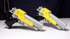 Is there any limit to imagination where Lego bricks are concerned? Apparently not, as evident by these cool guns. Video game buffs ought to find them to be familiar since they are wielded by Yuna i… Legos, Lego Lego, Lego Batman, Lego Army, Lego Military, Lego Guns, Lego Blocks, Classic Video Games, Lego Projects
