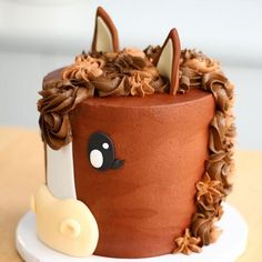 awesome Looking for the perfect cake for your next celebration? Give one of these adorable cowgirl cakes a try! medianet_width = medianet_height = medianet_crid = medianet_versionId = (function() { var isSSL = 'https:' ==. Horse Cake Toppers, Horse Cupcake, Horse Cake Pops, Fondant Horse, Fondant Animals, Fondant Bow, Fondant Flowers, Baby Cakes, Cupcake Cakes