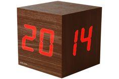 Karlsson Wecker LED clock