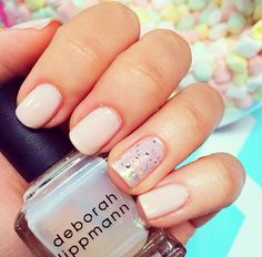 Miss glamorazzi has the best nails!