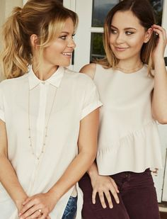 Candace & Natasha Set - Shop All – 31 Bits Dj Tanner Fuller House, Candace Cameron Bure, Felicity Jones, Trends, Hair Dos, Modest Fashion, Role Models, Beautiful People, Cool Hairstyles