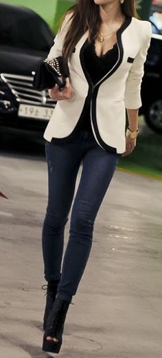 black and white with jeans, street style
