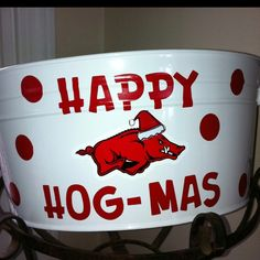 Razorback Christmas treat bucket! Cute gift for my HOG fan friends--- mine would be blue and orange though!!!