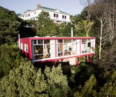 An architectural treasure hidden high in the Wellington treetops