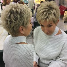 25 Chic Textured Pixie Haircut Styles That Are Huge in 2019 Pixie Haircut For Thick Hair, Short Choppy Hair, Short Grey Hair, Short Hair With Layers, Short Hair Cuts For Women, Short Stacked Hair, Pixie Haircuts, Short Haircut Styles, Short Hairstyles For Thick Hair