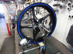 http://motorcyclespareparts.net/yamaha-r6-r6s-oem-front-rim-wheel-straight-great-condition-2/YAMAHA R6 / R6S OEM FRONT RIM, WHEEL, STRAIGHT, GREAT CONDITION #2