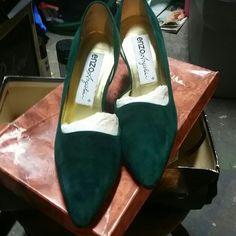 New suede shoes!! Teal-colored brand-new never-worn Enzo shoes with box Enzo Angiolini Shoes Heels