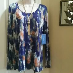 NWT Vera Wang Watercolor Print Top Size M Brand New With Tag.  Beautiful and Basics with this Women's Simply Vera Vera Wang Watercolor Print Jersey Top. Scoop neck. Long sleeves. Soft Jersey Construction. Size M  Rayon Simply Vera Vera Wang Tops Tees - Long Sleeve