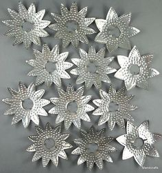 Punched Tin Diamond Ray Christmas Tree Light Reflector Set of 12 Stars Soda Can Crafts, Dyi Crafts, Aluminum Can Crafts, Metal Crafts, Noel Christmas, Christmas Crafts, Diy Projects To Try, Craft Projects, Pop Can Art
