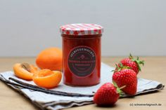Selbstgemachte Erdbeer-Aprikosen-Marmelade mit Vanille