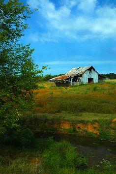 Backroad Barn outside of Macon, Georgia ~ღ~