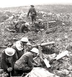 A Vickers machine-gun crew prepares to sweep the front at Vimy Ridge. PHOTO: LEGION MAGAZINE ARCHIVES