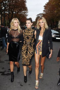 how bonkers is that. #NastashaPoly #IsabeliFontana & #AnjaRubik schooling the entire world on stunning.