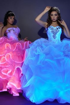 Quencenera dresses, neon dresses, quince dresses, ball gown dresses, cute d Quencenera Dresses, Neon Dresses, Quince Dresses, Ball Gown Dresses, Fashion Dresses, Chiffon Dresses, Fall Dresses, Women's Fashion, Formal Dresses