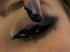 Edgy Makeup, Grunge Makeup, Cute Makeup, Pretty Makeup, Makeup Inspo, Makeup Art, Makeup Inspiration, Makeup Looks, Hair Makeup