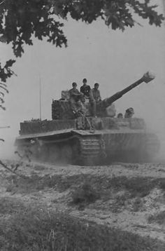 Tiger tank of the schwere panzer abteilung 509 Eastern Front.