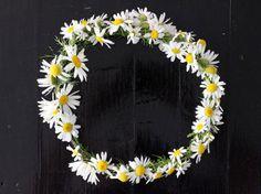 Beautiful DIY Floral Crowns