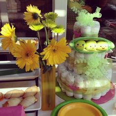 Three peas in a pod baby shower and diaper cake.