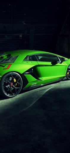 Side-view, Green Lamborghini Aventador SVJ, 1125x2436 wallpaper