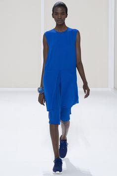 Hermès Spring 2016 Ready-to-Wear Fashion Show - Aamito Stacie Lagum