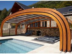 You cannot go wrong with an outdoor bench. Swimming Pool Enclosures, Natural Swimming Ponds, Indoor Swimming Pools, Swimming Pools Backyard, Swimming Pool Designs, Piscina Interior, Backyard Pool Designs, Backyard Ideas, Dream Pools