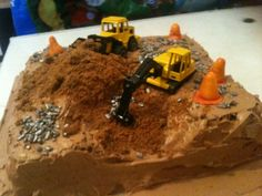 Construction site birthday cake