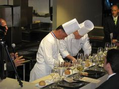http://www.hotelfandb.com/extras/dolce/images/chefkitchen10.JPG
