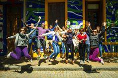 """{POST NOVO} Uhuul!! Saiu post novo com o roteiro de 3 dias totalmente fora do tradicional em Buenos Aires! Chama todo mundo pra ler marque seu amigo e saiba tudo! Roteiro completão do jeito que gsto de fazer! #BuenosBlogs #aosviajantes .  Acesse http://www.aosviajantes.com.br e procure por """"Buenos Aires"""" ou clique no link da Bio .  por@elisandro durante o Tour Lado B do @airesbuenos . . . #braziloverss #rbbv #blogdeviagem #wanderlust #ferias #viagem #viajar #roteiro  #turismo…"""