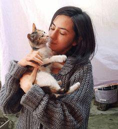 via GIPHY #gif #cat #people #woman #girl #kiss #garden #animal