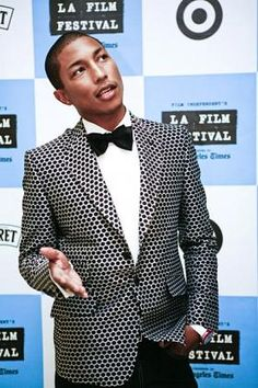 Do black and white in a daring way. Pharrell Williams #grooms