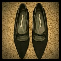 Donald J Pliner black suede pointy flats Donald J Pliner pointy flats. Black suede. Great for the office or jeans on the weekend. Only worn on carpet once...just too big for me. Comes with original box. Donald J. Pliner Shoes Flats & Loafers
