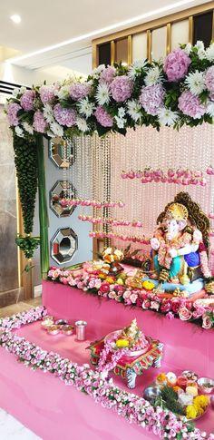 Shri Ganesh, Krishna, Ganpati Decoration Design, Flower Decorations, Table Decorations, Ganapati Decoration, Ganesh Idol, Luxury Life, Floral Wreath