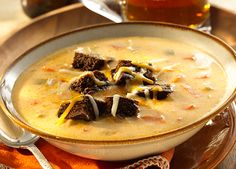 Minnesota-Style Beer Cheese Soup with Rye Croutons - Sargento Foods Inc. Fall Recipes, Holiday Recipes, Great Recipes, Soup Recipes, Vegetarian Recipes, Favorite Recipes, Beer Cheese Soups, Soup Dish, Food Inc