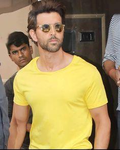 Hunks Men, Most Handsome Men, Hrithik Roshan, Superstar, Bollywood, Mens Sunglasses, Photoshoot, Superhero, Instagram Posts