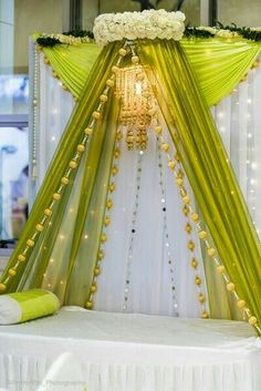 Wedding decoracion stage indian mehndi decor 33 Ideas for 2019 Desi Wedding Decor, Wedding Hall Decorations, Marriage Decoration, Backdrop Decorations, Wedding Ideas, Budget Wedding, Wedding Themes, Backdrops, Nikah Ceremony