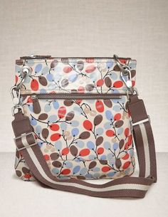 oil cloth pocket bag crossbody  my new favorite bags