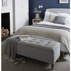 50 Stunning Blue Bedroom Decorating Ideas To Bring Perfect Accent. The blue bedroom decorating ideas may be used not just to produce the bedroom attractive but the ideal location for getting a great n. Gray Bedroom, Bedroom Loft, Trendy Bedroom, Bedroom Storage, Bedroom Inspo, Bedroom Ottoman, Navy Bedroom Decor, Bedroom Pics, Bedroom Benches